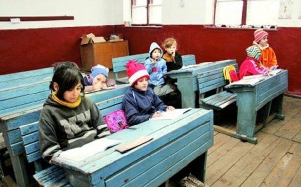 Peste 11.000 de elevi din satele ieșene  nu pot participa la lecțiile online. Acestia nu au avut niciodata un calculator