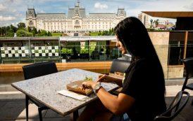 Surprize pentru gurmanzi! Palas face cinste cu o masă în cel mai mare foodcourt din Moldova