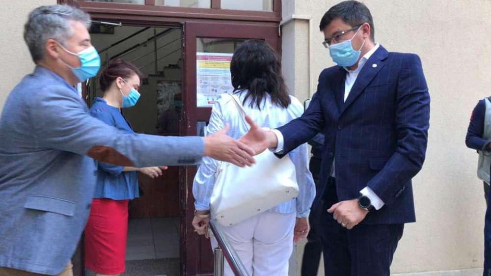 Focar de COVID la ISJ Iasi! Numarul angajatilor infectati a ajuns la 7