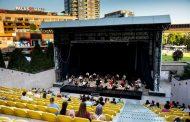 Ateneul National din Iasi invită publicul la spectacole de teatru în aer liber si proiectii de film la începutul lunii august