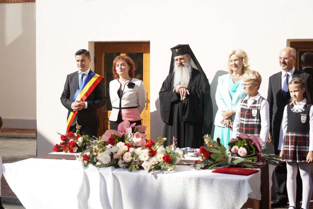 PSD doneaza capital de imagine pentru gastile liberale! Social democratii ieseni nu participa la festivismele de inceput de an scolar
