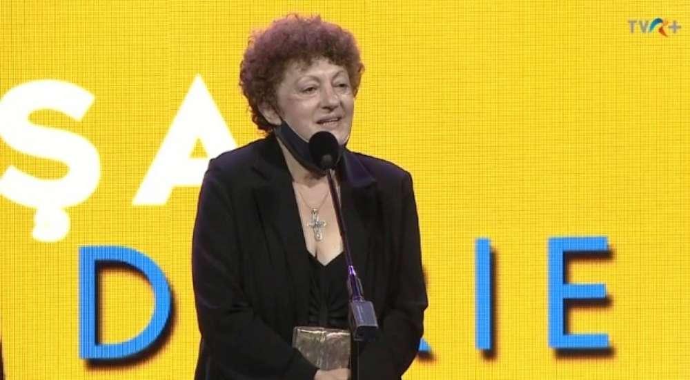 Actrița Pusa Darie se întoarce acasă cu un binemeritat premiu Uniter