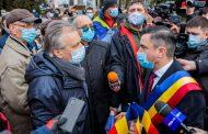 "Primarul Mihai Chirica, somat de ""agaricii"" care militeaza pentru autostrada, sa isi prezinte scuze public"