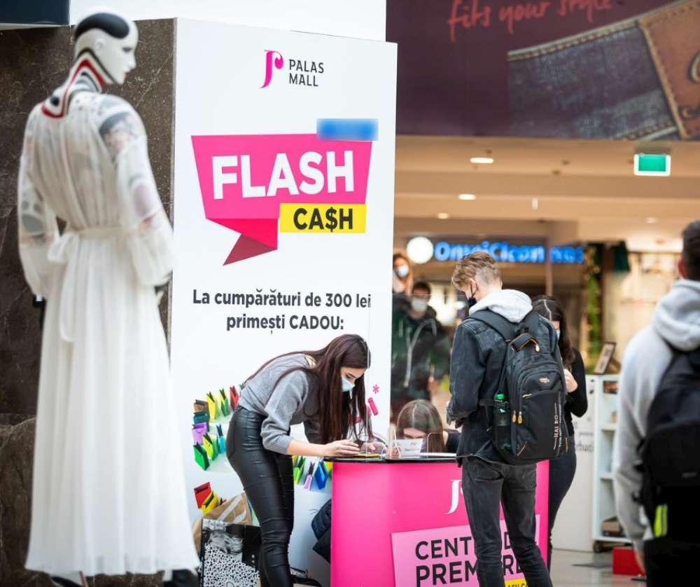 Flash Cash revine! Palas premiază shopping-ul în tendințe