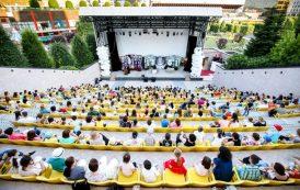 """Amfiteatrul Palas deschide stagiunea spectacolelor în aer liber: """"Dineu cu proști"""", """"Făt Frumos din lacrimă"""" și concerte live, propunerile din această săptămână"""