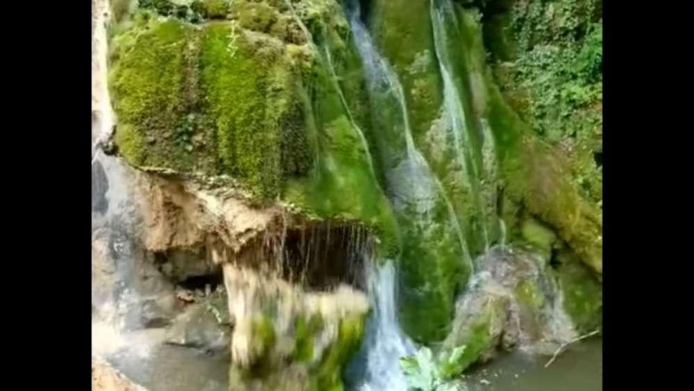 VIDEO. Momentul în care Cascada Bigăr se prăbuşeste. Ce spun mincinosii de la Romsilva