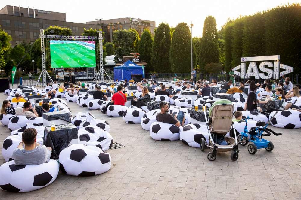 Urmărește marea finală EURO 2020 în foodcourt-ul sau în parcul Palas!