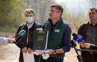 Documente ilegale, la baza tăierilor din pădurea Dobrovăț. Costel Alexe, în capul listei de vinovați